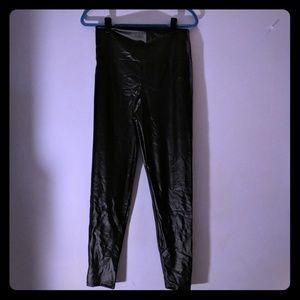 Pants - Faux leather leggings